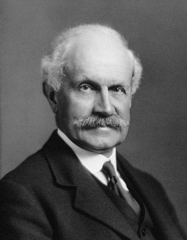 Sir John Graham Kerr. T. & R. Annan & Sons Ltd. [CC BY 4.0], via Wikimedia Commons